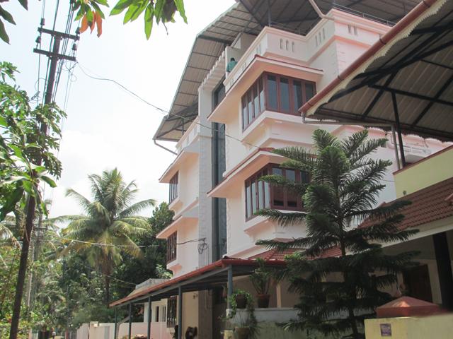 Ernakulam House Near Lulu
